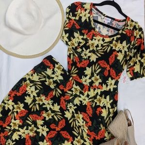 BNWT Small LuLaRoe Ana Maxi Dress